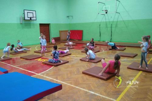 pierwsze zajęcia akrobatyki